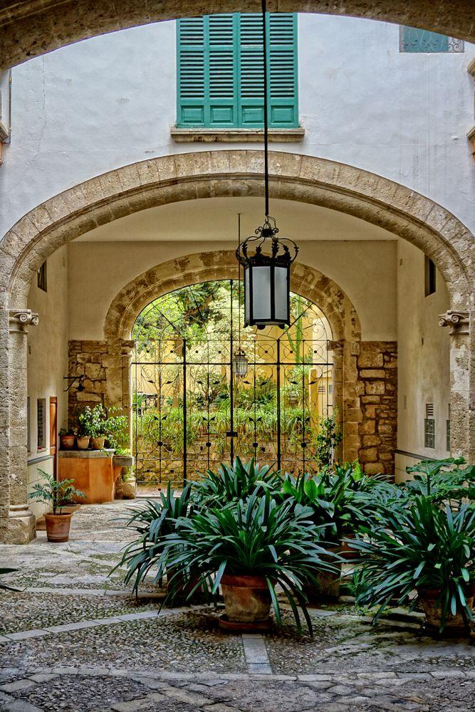 Un patio en Palma