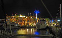 Un petit coin de port la nuit