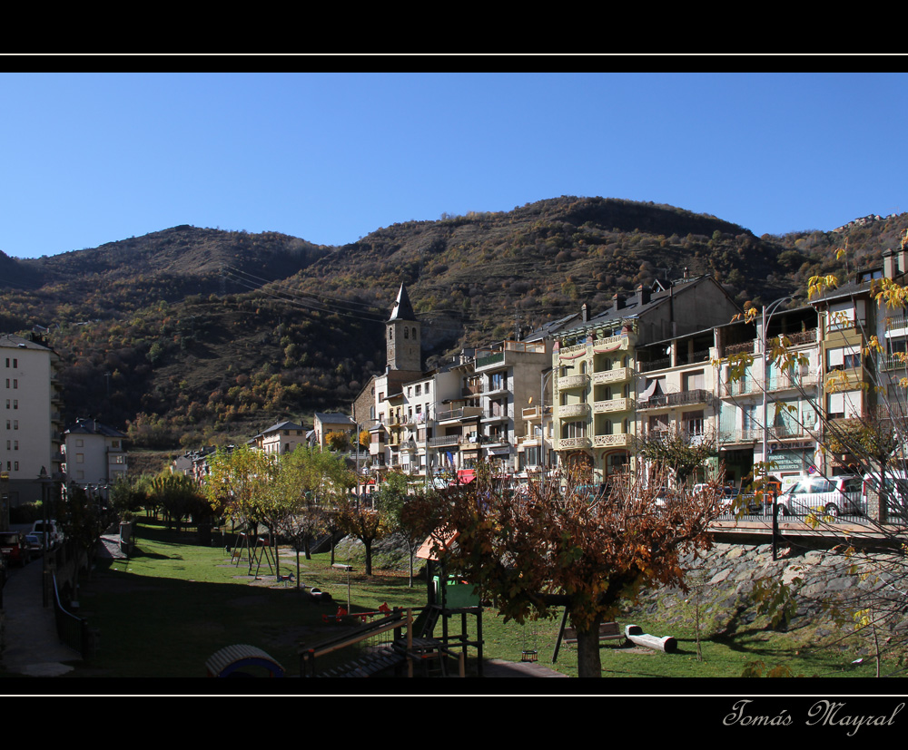 Un Pueblo del Pirineo - SORT