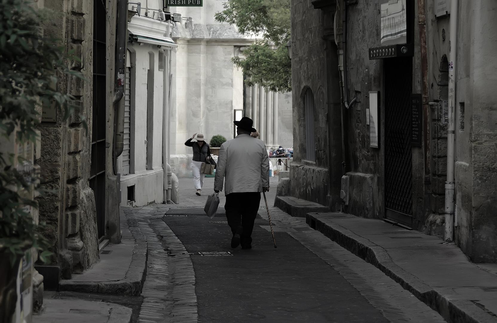 un samedi matin...........à Montpellier, vieilles rues.