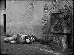 un senzatetto in trastevere