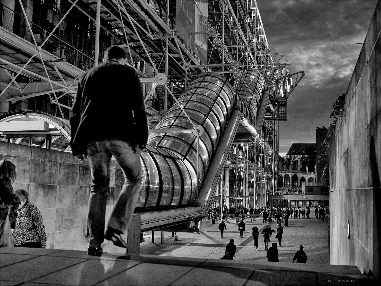 Un soir à Paris (suite).
