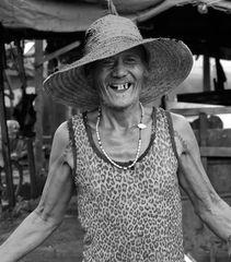 Un sourire dans ce village si dur !!!