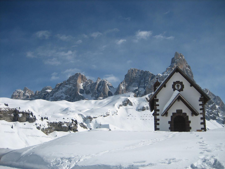 un tempio tra le nevi