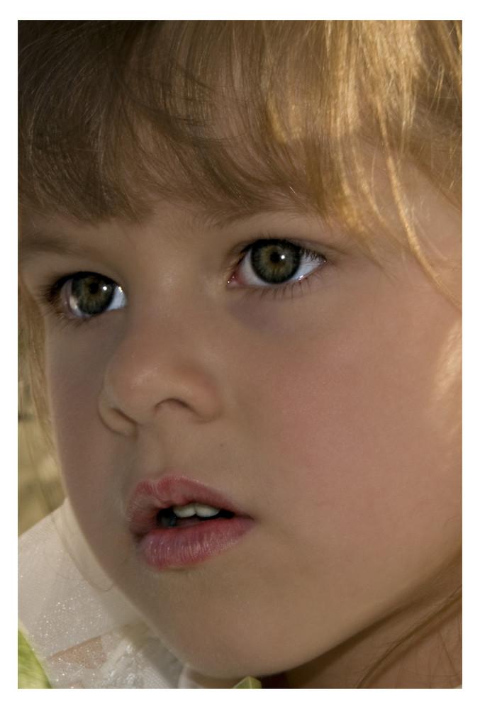 ...Una bambola a colori ...