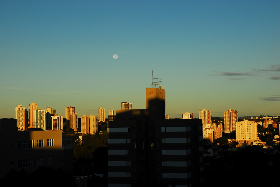 Una mañana con la Luna