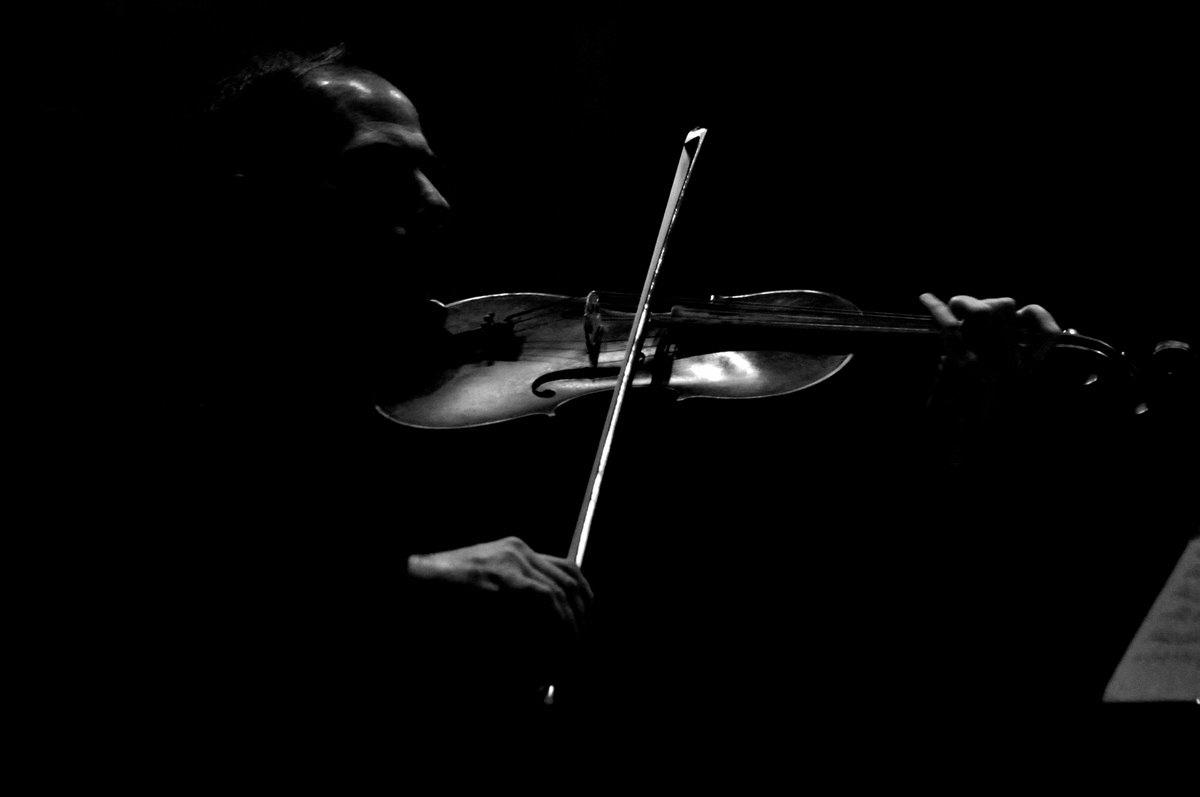 una pennellata di luce sulle forme della musica