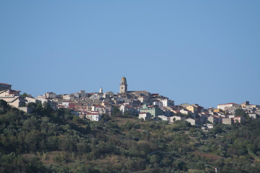 Una veduta panoramica di San Bartolomeo in Galdo (BN) il mio paese.