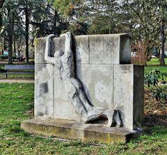 - unbekannte Skulptur ...