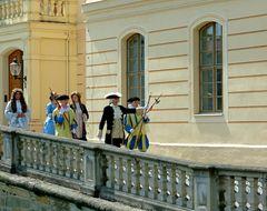 °°° Und auch in Zabeltitz haben die Alteigentümer ihr Schloss wiedergefunden °°°