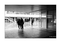 .............und da geht's raus - Raschplatz, Hannover