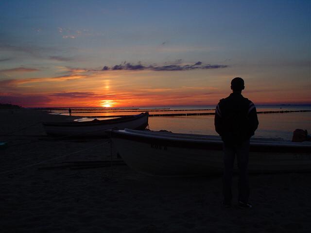 """""""Und die See wird allen neue Hoffnung bringen, so wie der Schlaf die Träume bringt"""""""