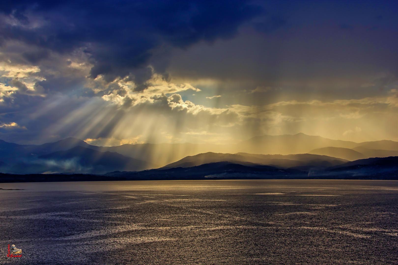 Und immer immer wieder geht die Sonne auf.....!