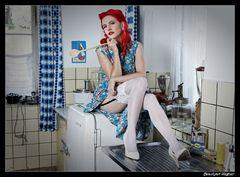 . . . und in der Küche walte die züchtige Hausfrau ;-)