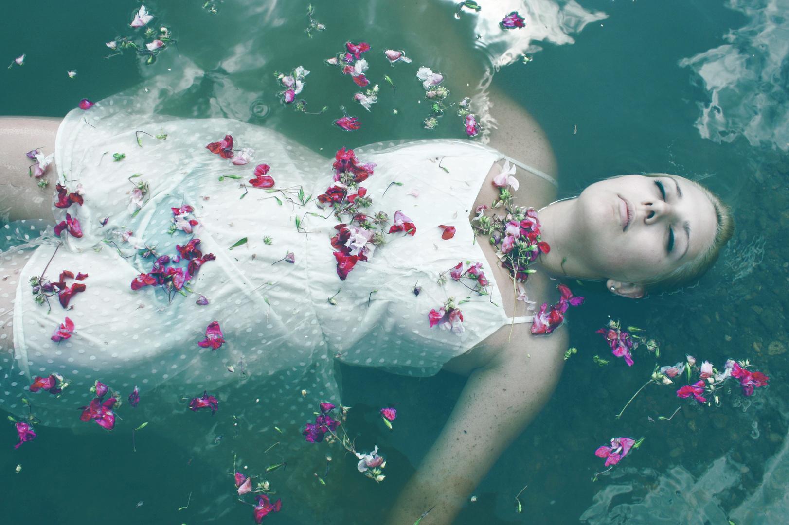 Und manchmal bleibt nur die eigene Enklave der Fantasie, denn dorthin kommen sie nie..
