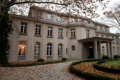 und noch eine Villa am Wannsee,