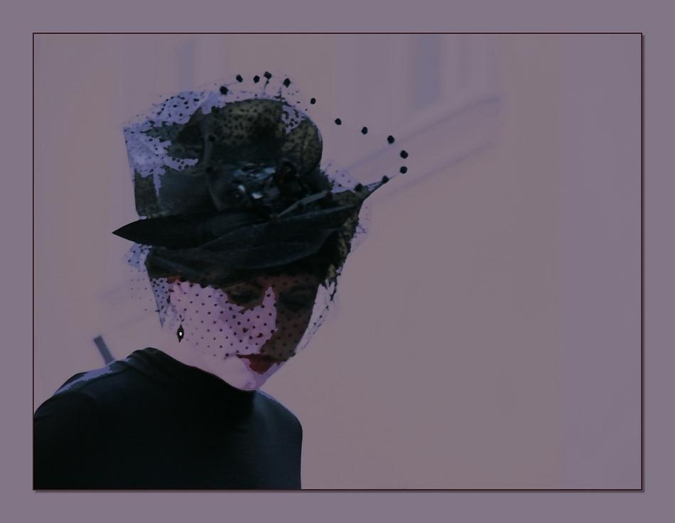 und noch einmal Dame mit Hut