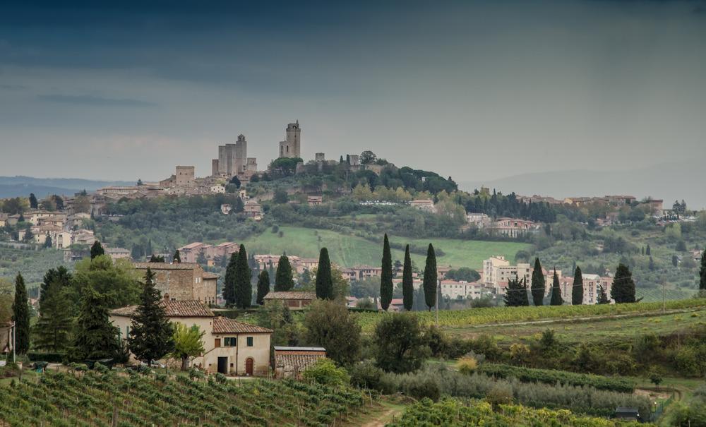 ... und plötzlich tauchte im Hintergrund San Ginignano auf ...
