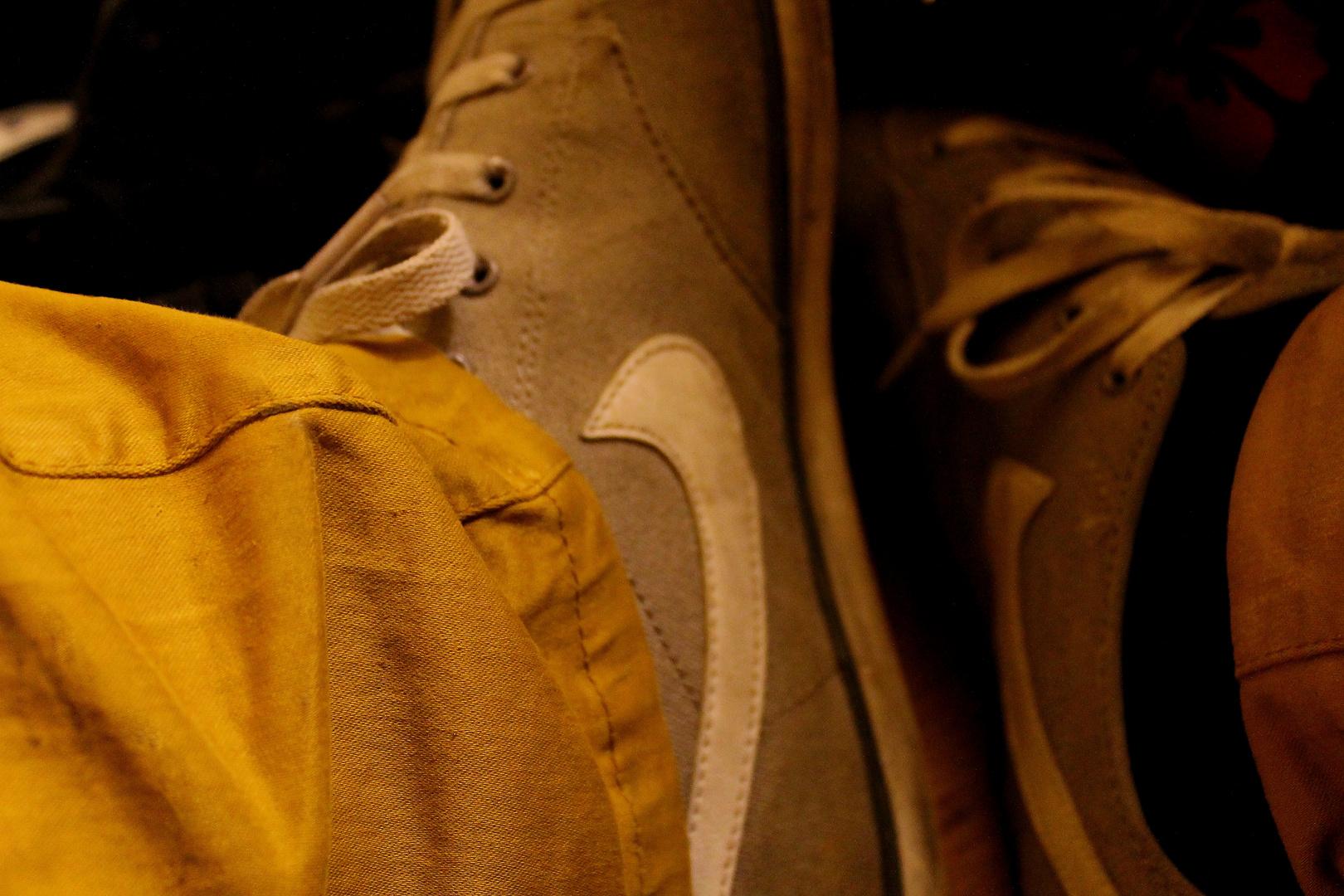 ........und seine Schuhe!?!