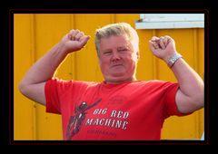 Und St.Pauli gewinnt heute mal !   ;-))))