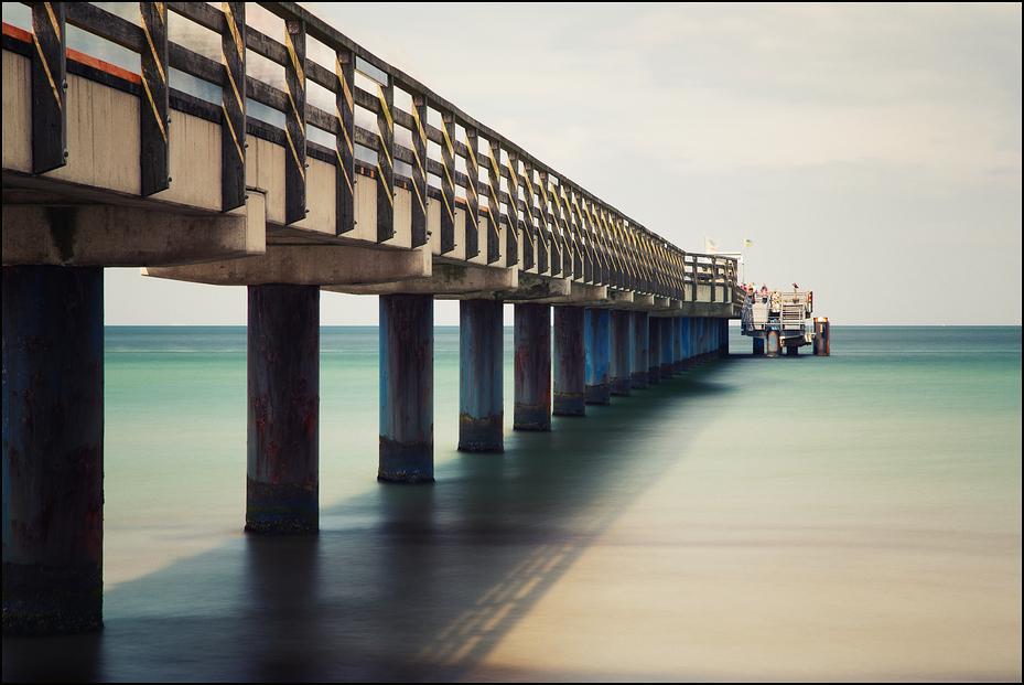 Under the Bridge (Farbe)