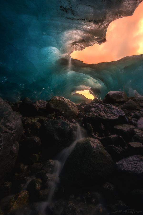 . : underworld : .