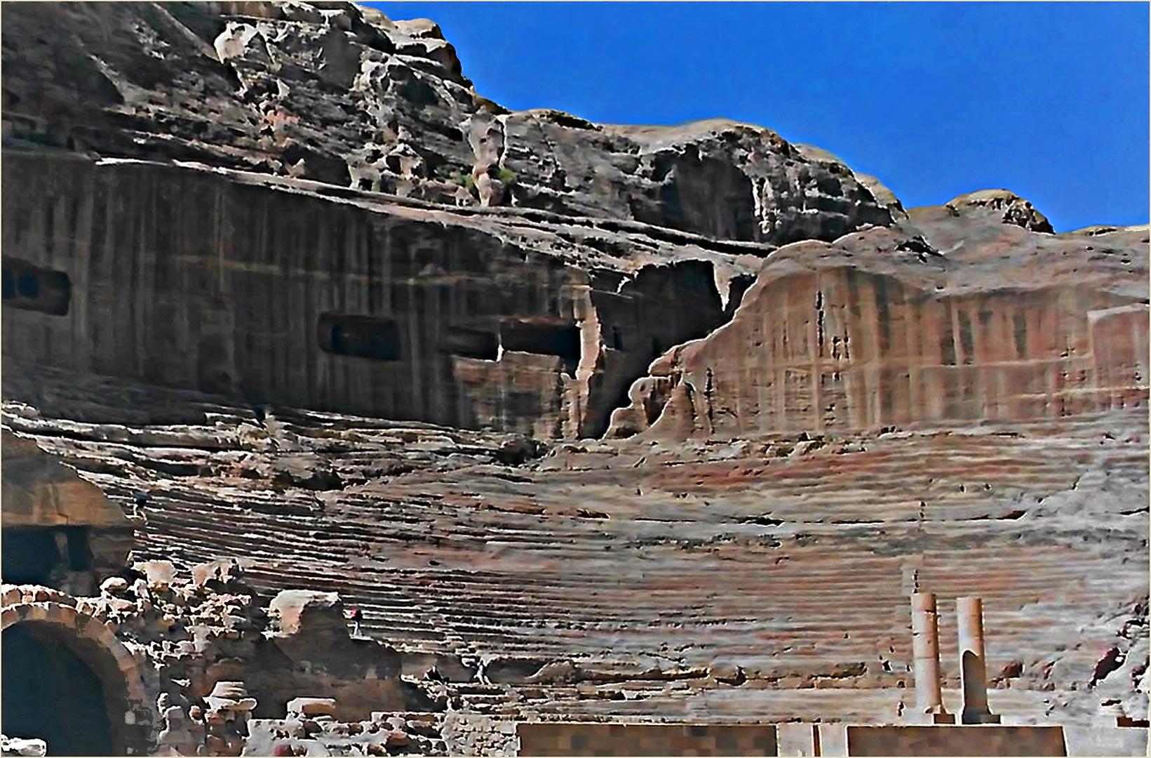 Une autre vue du théâtre romain de Petra