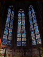 Une des chapelles de la Cathédrale Saint-Etienne de Limoges et ses vitraux