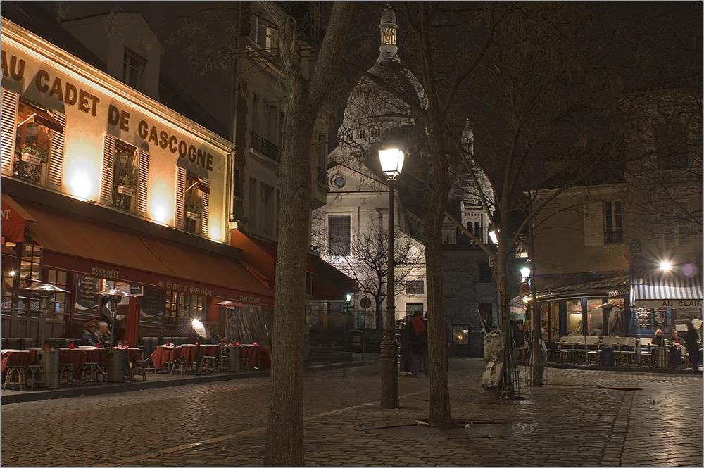 Une nuit à Paris - Place du Têrtre - ein Tag geht zu Ende