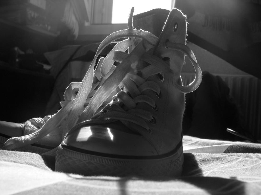 une paire de chaussure