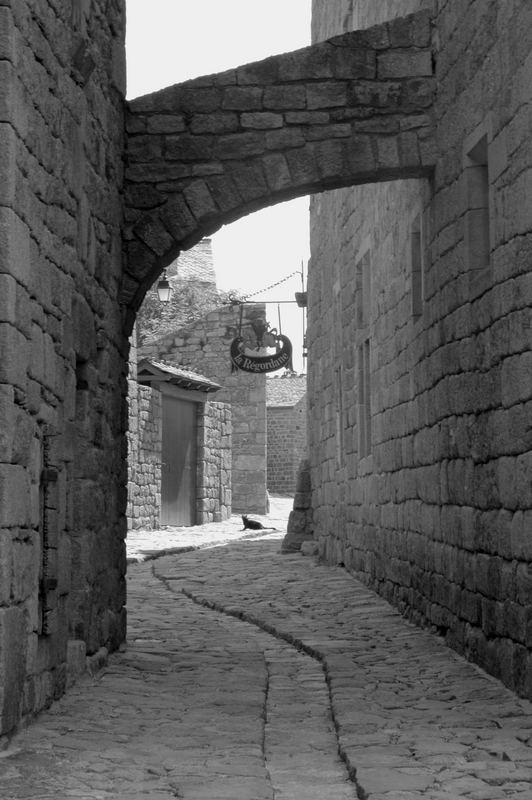 Une petite ville en Ardèche