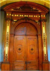 Une porte en or !