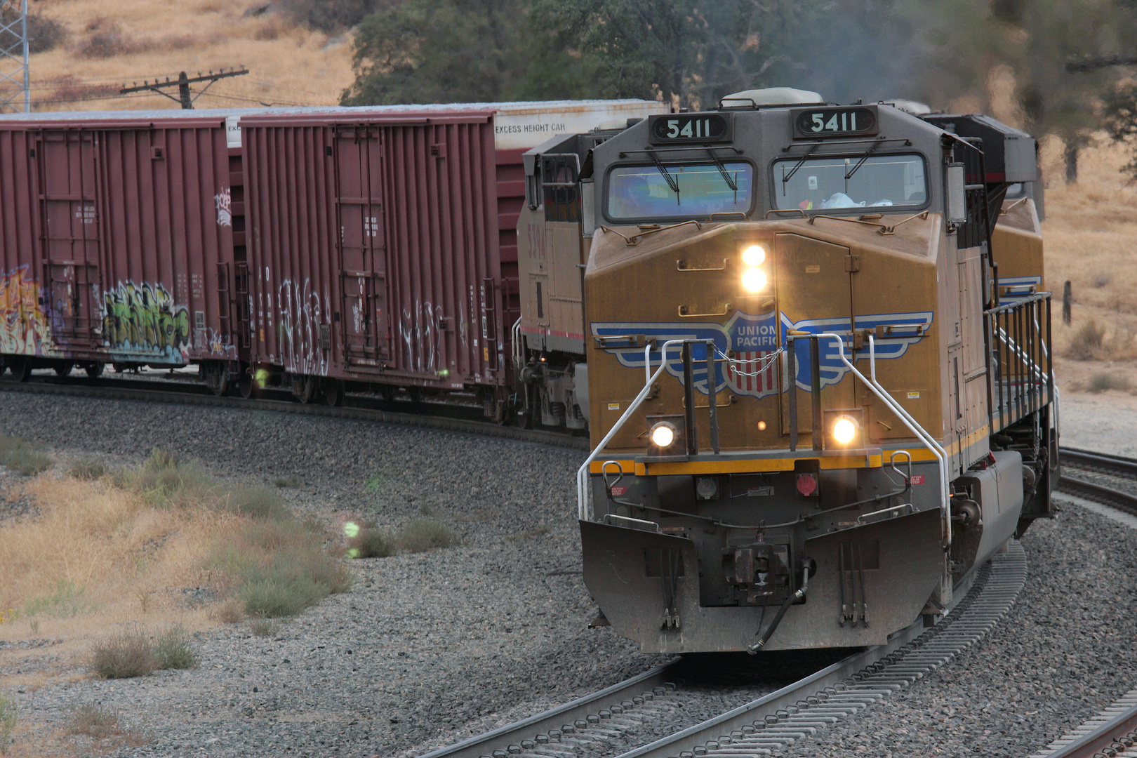 Union Pacific am Tehachapi Loop... UP #5411 leading a Westbound Freight Train