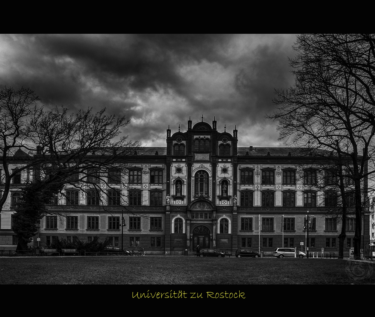 Uni_Rostock_1200_bw