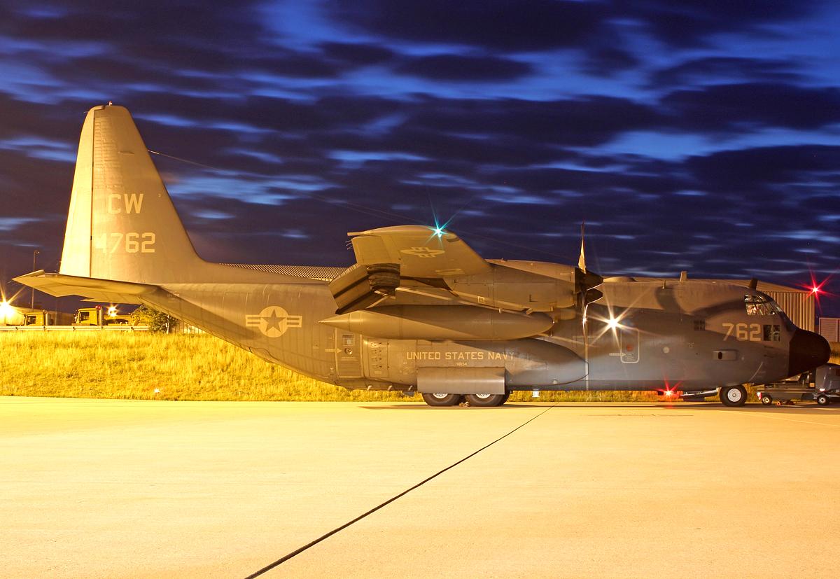 United States Navy Lockheed C-130T (L-382) Hercules 164762