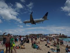 United über Maho Beach