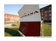 Universität Lüneburg <> Leuphana (2.): Fälschung...