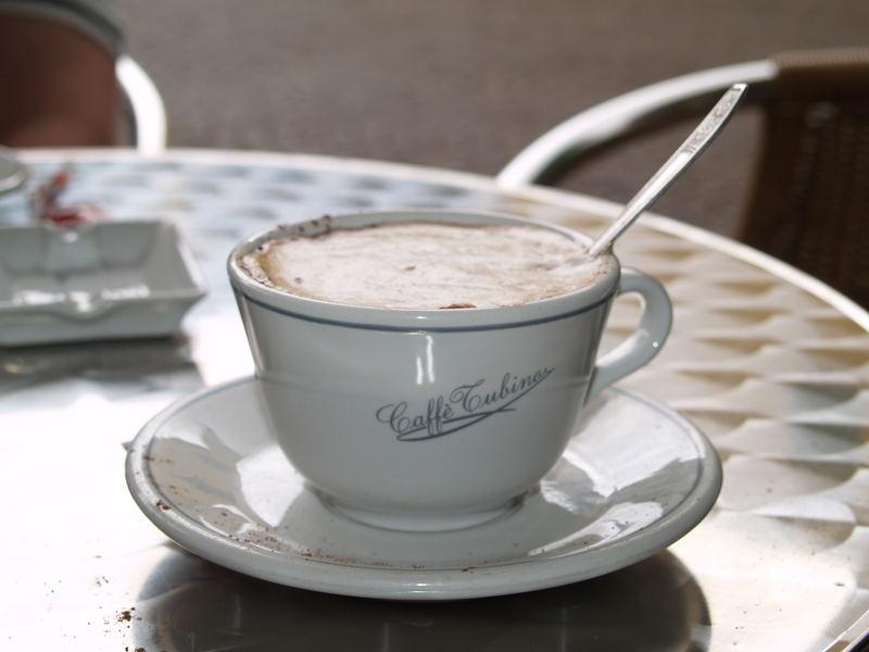 uno cappuccino prego