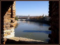 Uno sguardo dal ponte....