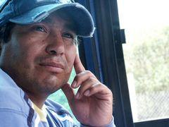 Unser indianischer Busfahrer: klein, aber oho!