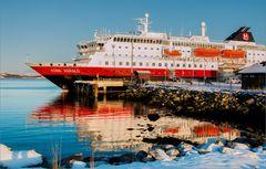 Unser Schiff am Wendepunkt der Reise in Kirkenes