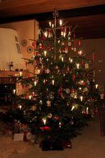 Unser Tannenbaum mit Licht