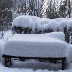"""Unser """"Wintergarten"""" 04 - wie lange die Bank das wohl noch aushält?"""