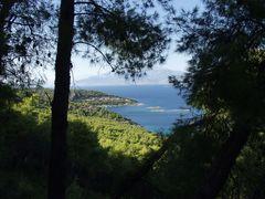 Unsere Bucht von weitem