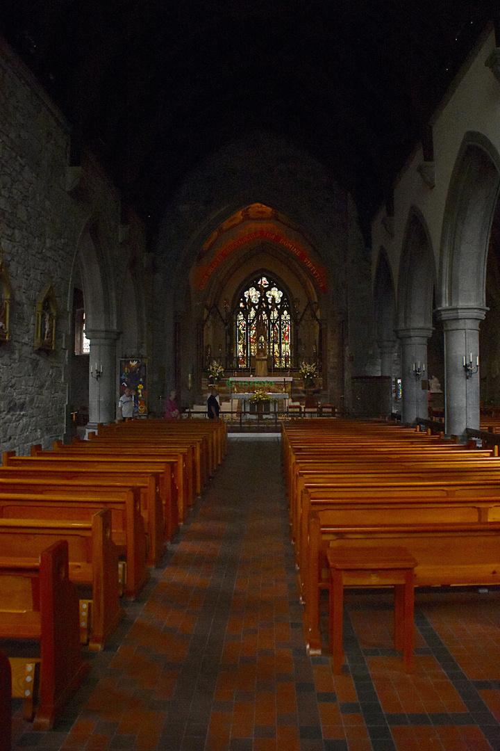 Unsere Irland-Rundreise: Blick in eine der vielen Kathedralen in Irland