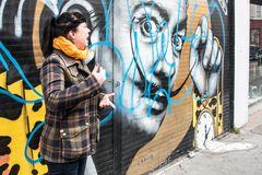 Unsere kompetente Graffititourführerin