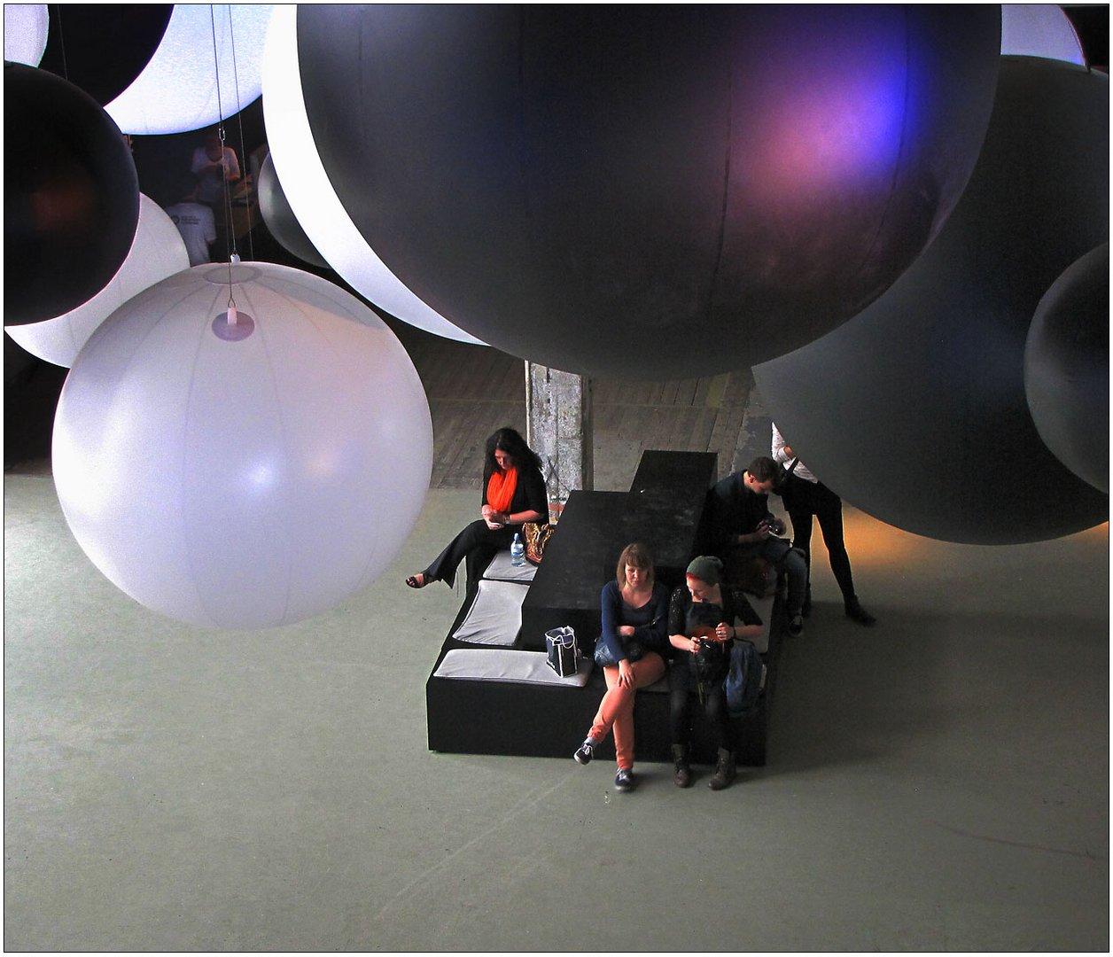 Unter den Ballons