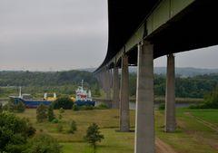 Unter der A7 , der Rader Hochbrücke