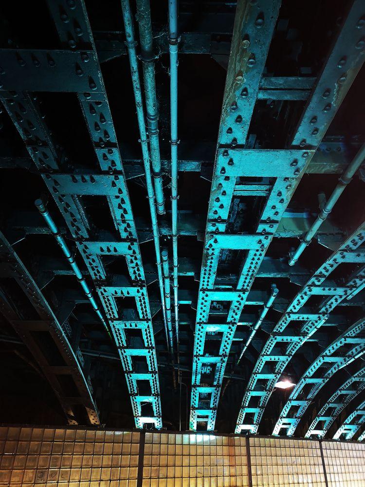 Unter der Brücke K p20-20-col