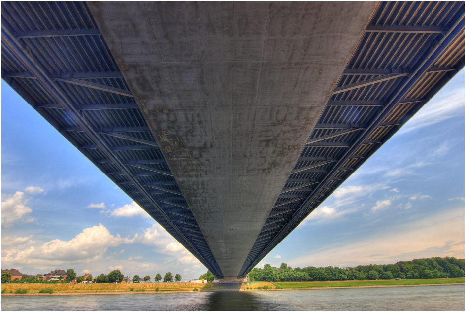 ... unter der Fleher Brücke ... :-)